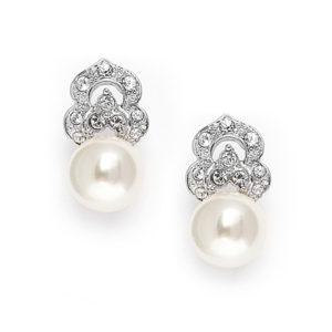 Vintaged Cream Pearl Bridal Earrings